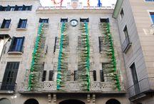 Grands décors floraux réalisés par les apprentis et le CFA . / Grands décors réalisés par les apprentis(es) et leurs formateurs.