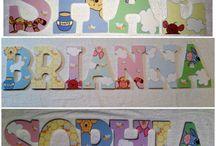 DIY Gyerekszoba / Már a babavárás boldog időszakában elképzeljük, milyen is lesz a kicsi szobája. Minden anyuka szeretné gyermekének a legszebbet, a legjobbat adni, főleg ha azt saját kezűleg készítheti el. Egy babaszoba megtervezése sok odafigyelést igénylő örömteli elfoglaltság. Ebben a táblában számos kreatív ötlet, dekoráció található, melyekkel kidíszítheted születendő vagy már megszületett kisbabád szobáját, legyen szó kisfiúról vagy kislányról.