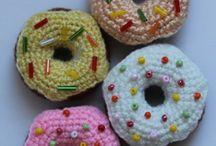 пончики и сладости)))