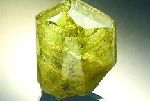 minerals and gemstones / one of my biggest passions, i workt with a lot of these for therapy and healing they are mother natures biggest treasure xxx / by Myrna Hauwert