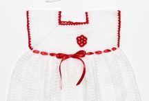 Rochii Fete Crosetate / Răsfățați-vă prințesa cu un curcubeu de rochițe croșetate handmade din melană. Rochii Made în România / Fabricate în România pentru fete.