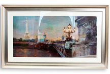 Wall Art / Brighten up any room in your home with amazing views and scenes from across the world.