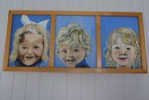 Schilderij gemaakt door moeder / Drie geslachten in jonge versie