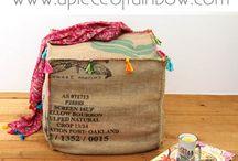 Kaffeesäcke und Kaffeetüten