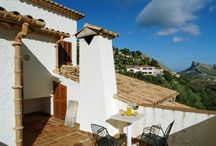 Villa El Vila - Mallorca / This Luxury Villa or Apartment is available exclusively with Travelopo. Book this luxury Holiday Villa or Apartment today with Travelopo.com