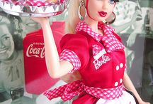 <<The Plastic Queen>> / Barbie Collection
