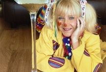 Childrens Entertainers Derby / The most funtabulous, colourful, whacky and multi-talented kids party entertainers Derby offers.