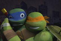Brotherly love tmnt :>