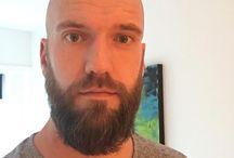 Łysy z brodą