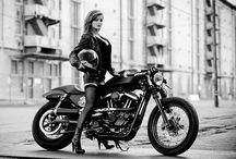 wheels and heels / Women, motorcycles, planes,vars