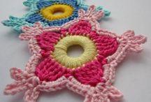 Crochet - Flowers / by Linda Sanders