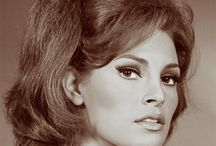 Raquel Welch / American actress born with the name Jo Raquel Tejada on September 5, 1940 in Chicago.