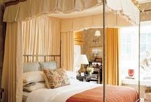 Bed - Canopy/Corona