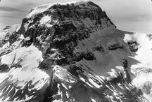 International Mountain Day / 11 December 2015 is the International Mountain Day. Perfect occasion for us to show you a selection of our collections.