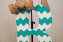 crafts / by Nicole Hiner