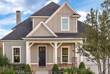 Lantana American Classic  / Lantana is one of the top selling new communities in North Texas. A blend of neighborhoods appeal to first new home buyers as well as luxury home buyers offering a chance to enjoy Hill Country Living in the Dallas area. Exceptional community amenities include hiking trails, swimming pools, tennis, fitness centers and an award-winning golf course.