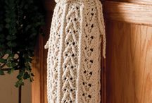 crochet dish cloths, pot holders / by Valerie Bowen