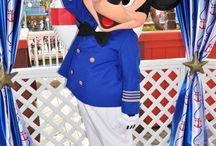 Mickey Mouse -blue-
