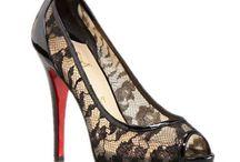 OMG shoes / by Sierra Kormanik