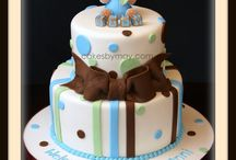 Cakes!! / by Terralynn Hines