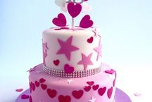 Cakes for girls / Beautiful cakes for girls made to order from Karen's Cakes of Bishops Stortford, UK
