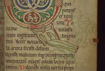 Starożytne księgi i manuskrypty