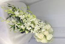 Wedding Flowers / Wedding bouquets, centerpieces, corsage, boutonnieres, arches, and much more