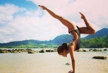 Yoga / by Eliana Inés Halaburda Ojeda
