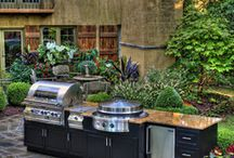 {Kitchen} Outdoor Entertaining / Have an outdoor kitchen or outdoor entertaining area? Follow this board for tons of outdoor kitchen ideas, and outdoor entertainment ideas for the home!