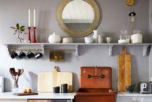 Marcenaria / Corner shelves frear for storage