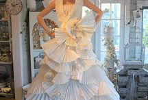 Paper dress / by Anna Linde