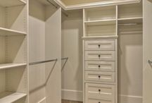 Walk in wardrobe / Walk in wardrobe ideas