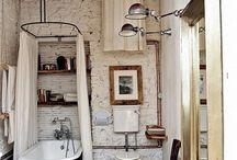 Salle de bain bohème / Inspiration pour une salle de bain bohème, en récupération   Webzine : www.nadinebachjockers.fr Fbk : https://www.facebook.com/nadinebjockers.auteur/nj.org Instagram : https://www.instagram.com/nadinebachjockers.author/