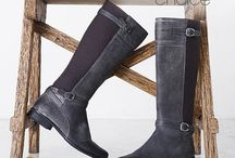 Aetrex Boots / Aetrex offers an uncompromising merger of fashion, comfort and customization. www.aetrex.com / by Aetrex