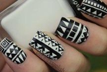 Nails / I do not know.....
