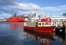 Hobart: Capital of Tasmania / Capital of Tasmania, the island state of Australia.
