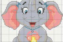 Haft krzyżykowy - Słonie