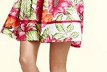 Indumentaria femenina / Vestidos, blusas, playa, calzado y accesrios