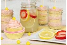 Cupcakes / by Kaylee Owens