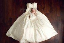 noworodek na sukni