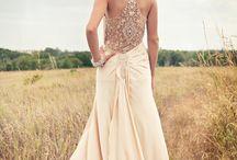 Moda y boda / Moda femenina , vestidos elegantes para boda, vestidos de novia,  peinados y looks para la noche