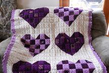 Вязание:плед,подушка,салфетки,скатерти