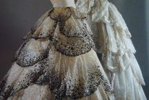 Dress / by Fatima Al-Bassam
