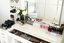 Vanity table /make up storage management