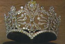 Tiaras & Crowns!