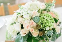 Floral arrangements & bouquets / by Pink Goose - Wedding & Event Planning