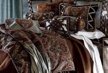 Chocolate brown & cream / interiors with earthly colours | suklaanruskeaa ja kermanvalkoista | #brown #cream #interior