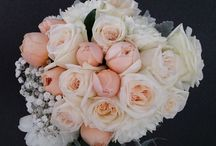 Bridal Flowers Sydney / Choose from our wide range of stunning bridal flowers and bouquets for your special day. Bridal packages are available at great values throughout Sydney.
