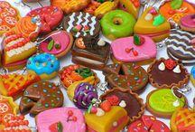 The Seven Sweets / hmmmmm
