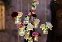 Decoratie bloemen en kaarsen